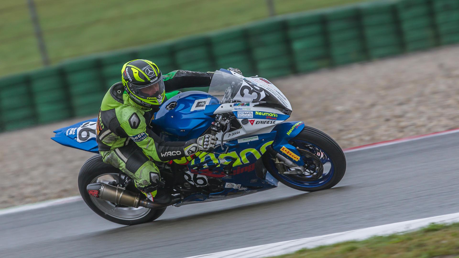 Bilder vom 1. Rennen der IDM Supersport 600 am Samstag in Assen.