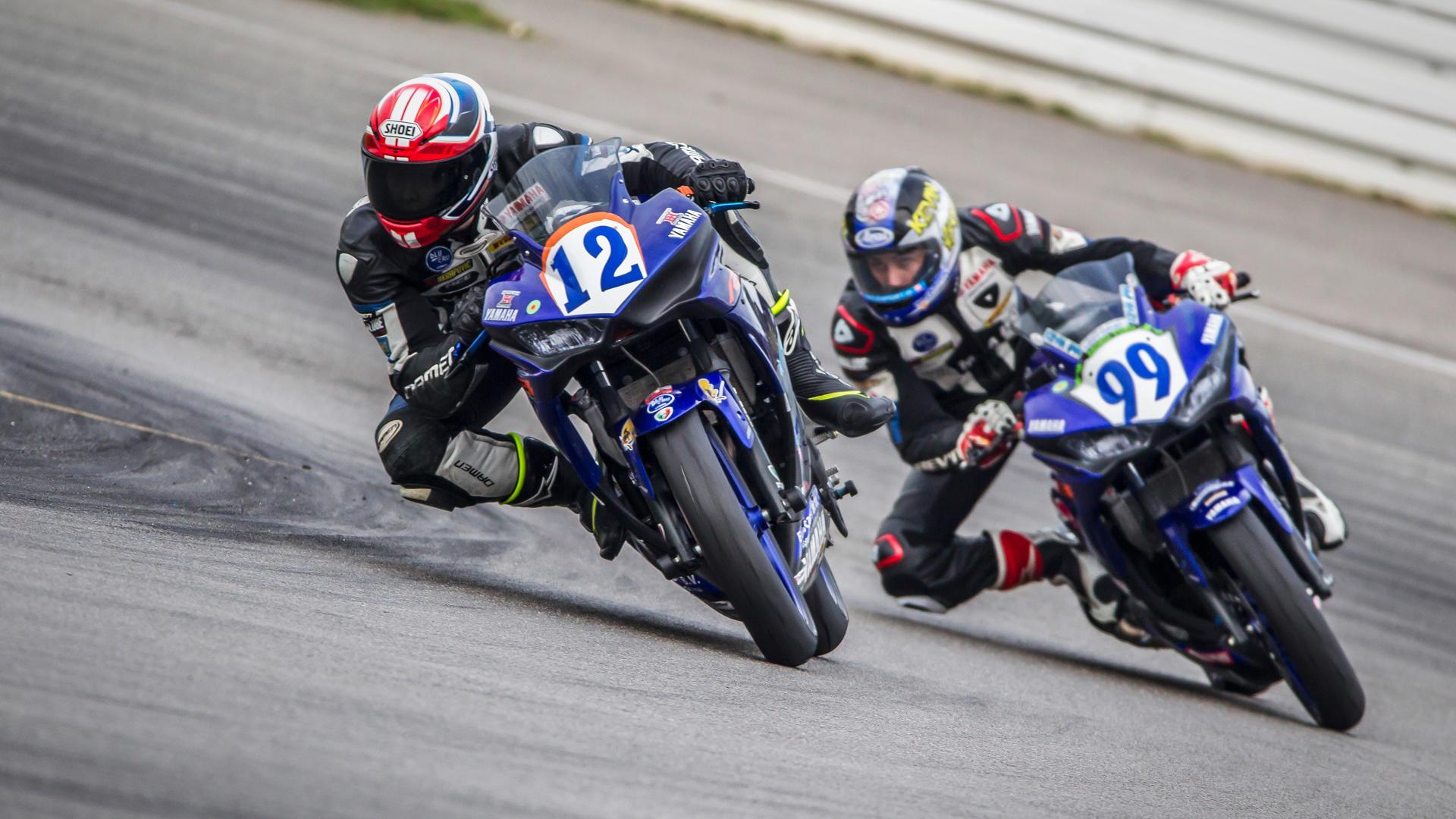 Die IDM Supersport 300 auf dem Hockenheimring