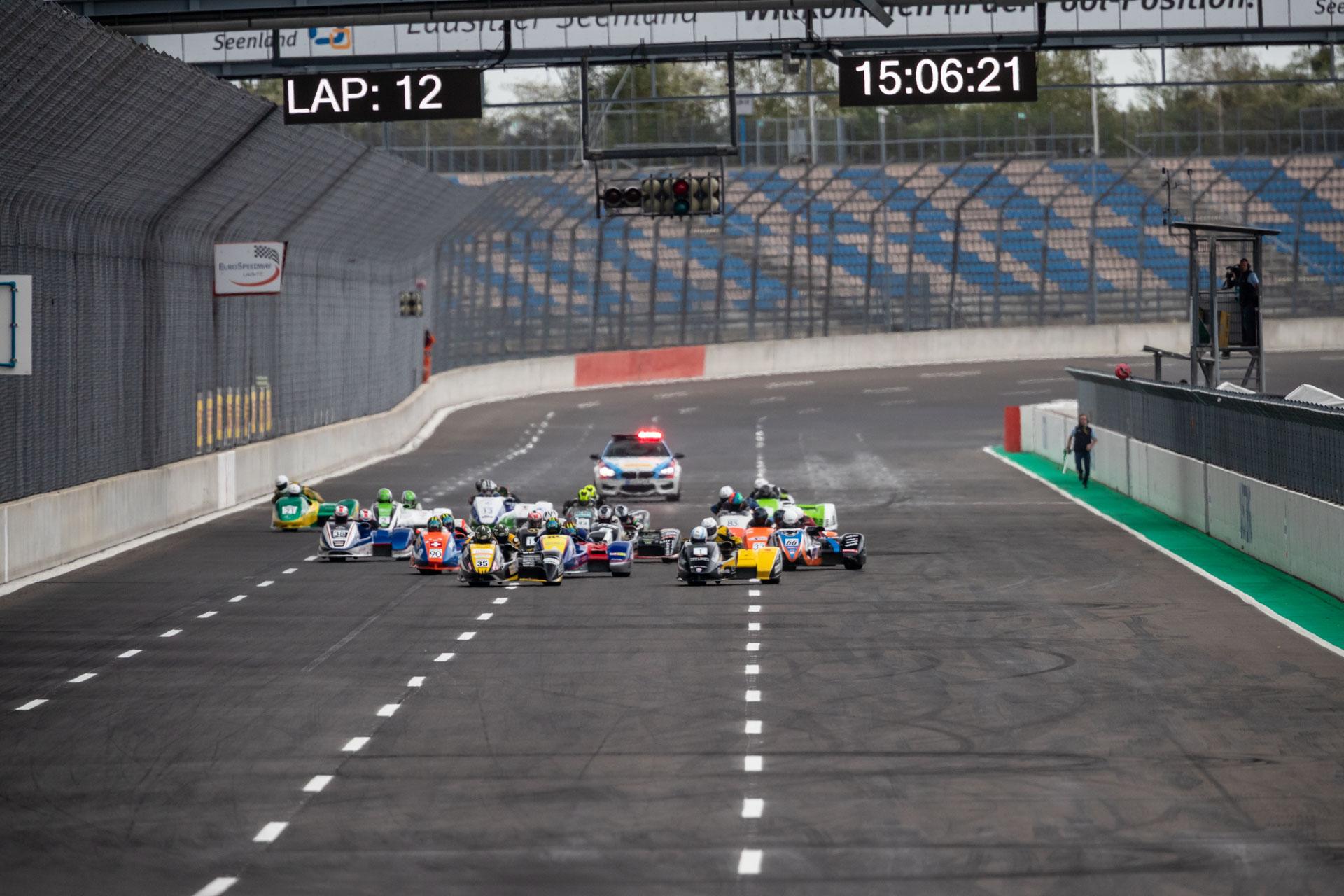 IDM_Lausitzring2018_Sidecars-Rennen1-web-3