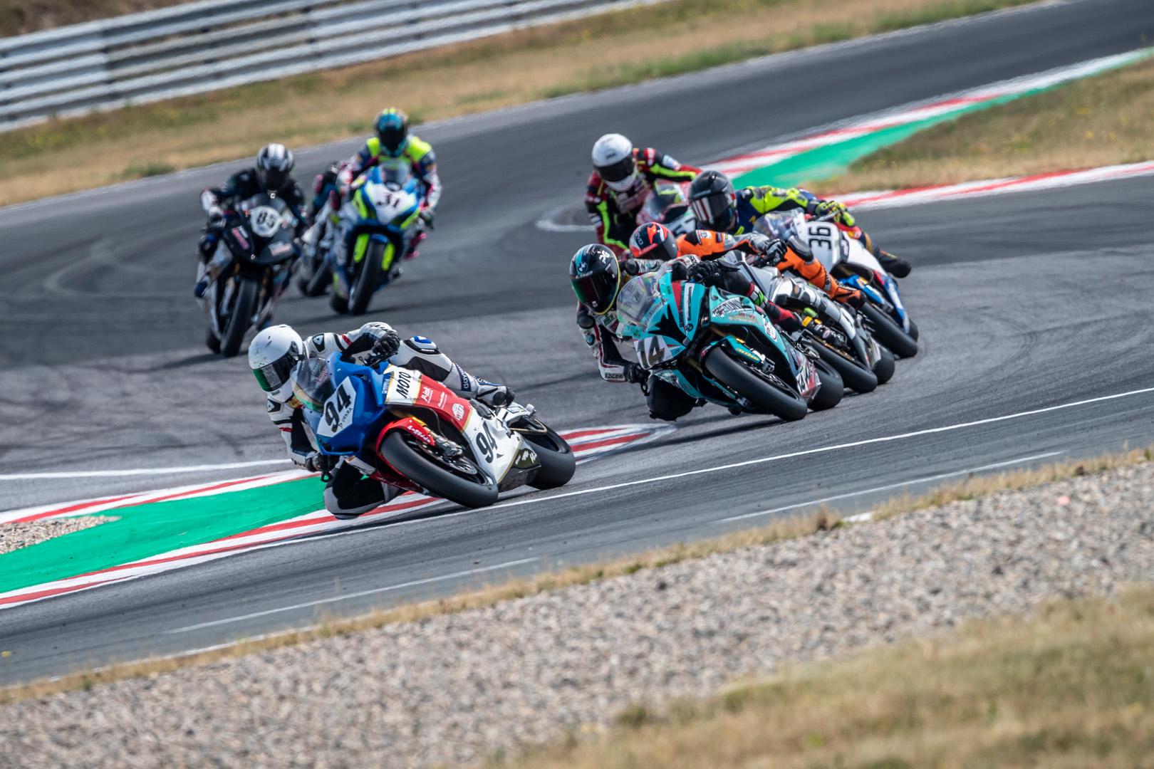 idm_speedweek_samstag_rennen1_81