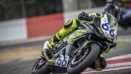 IDM Supersport 300: Otten schlägt Steeman im Fotofinish in Lauf 1