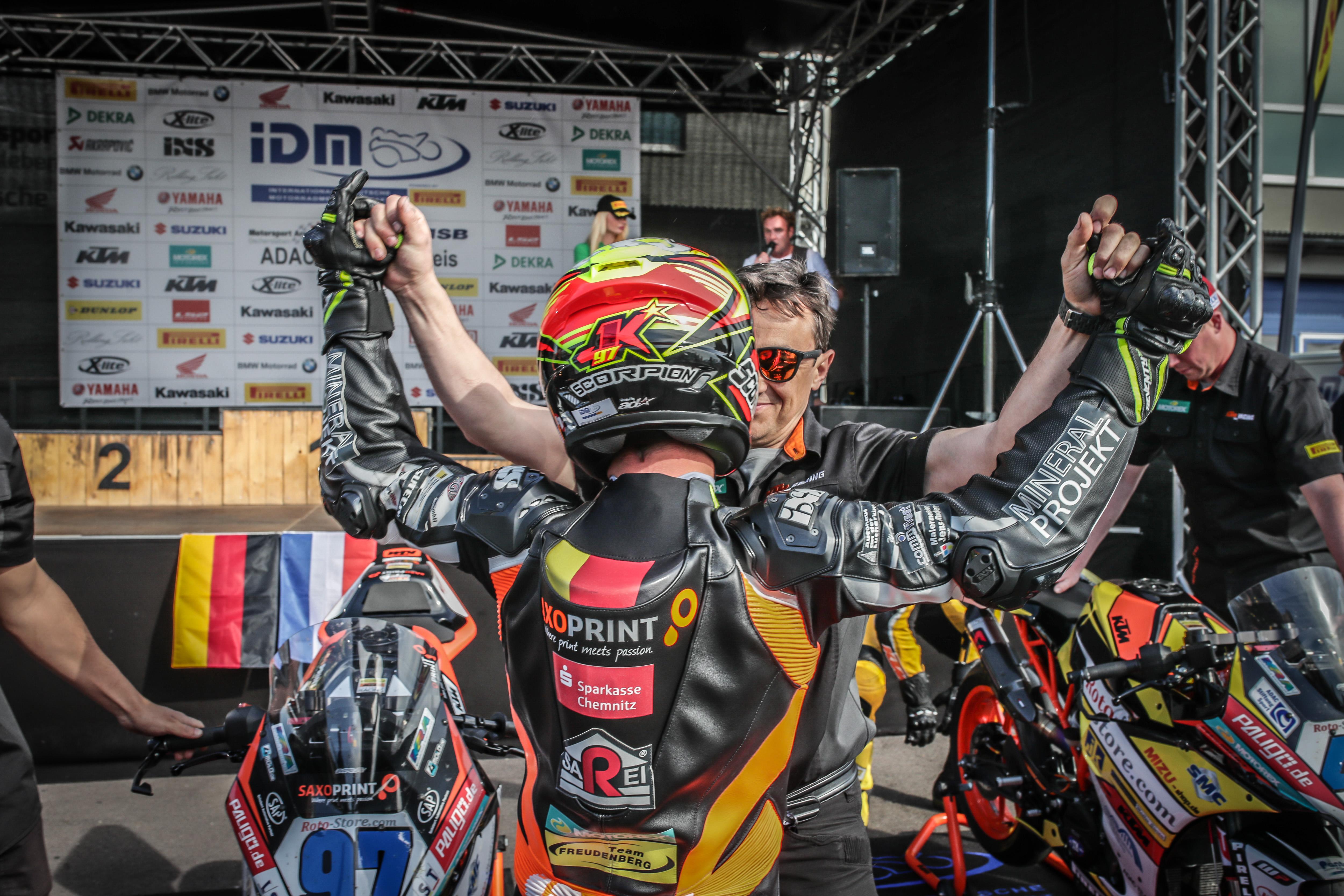 IDM Supersport 300: Jähnig und Kappler vor der Konkurrenz auf dem Prüfstand