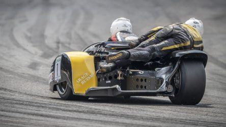 IDM Sidecar: Sattler gewinnt Lauf 1 und rückt Streuer schwer auf die Pelle