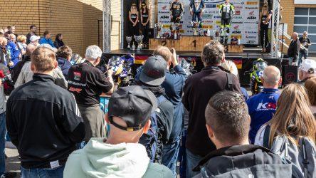 IDM-Zusammenfassung aus der Lausitz: Emotionale Kämpfe beim Sprint in die zweite Saisonhälfte