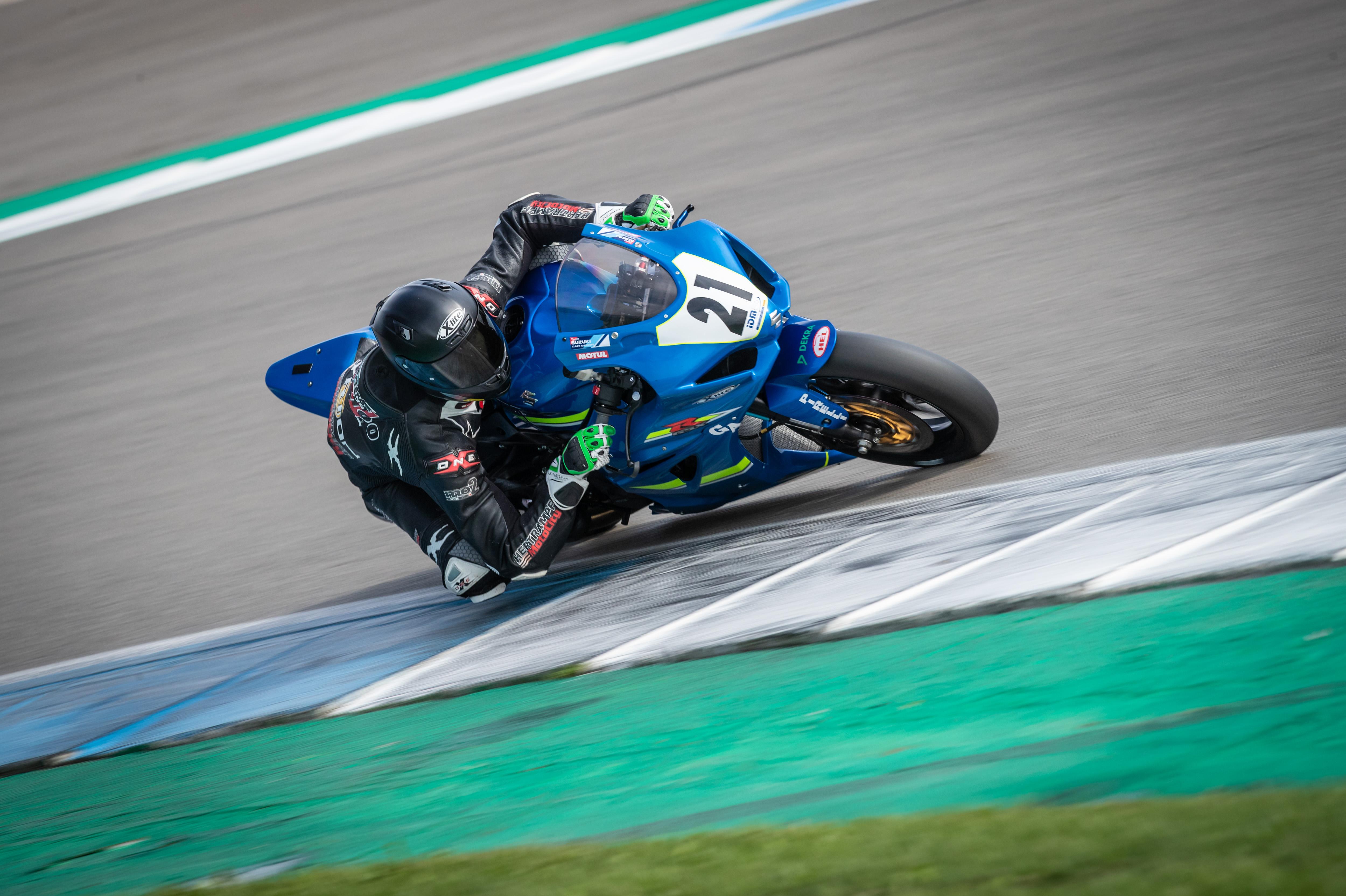 IDM Superbike 1000: Marco Nekvasil will es noch einmal ganz genau wissen