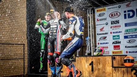 IDM Superbike 1000: Sektdusche für Julian Puffe