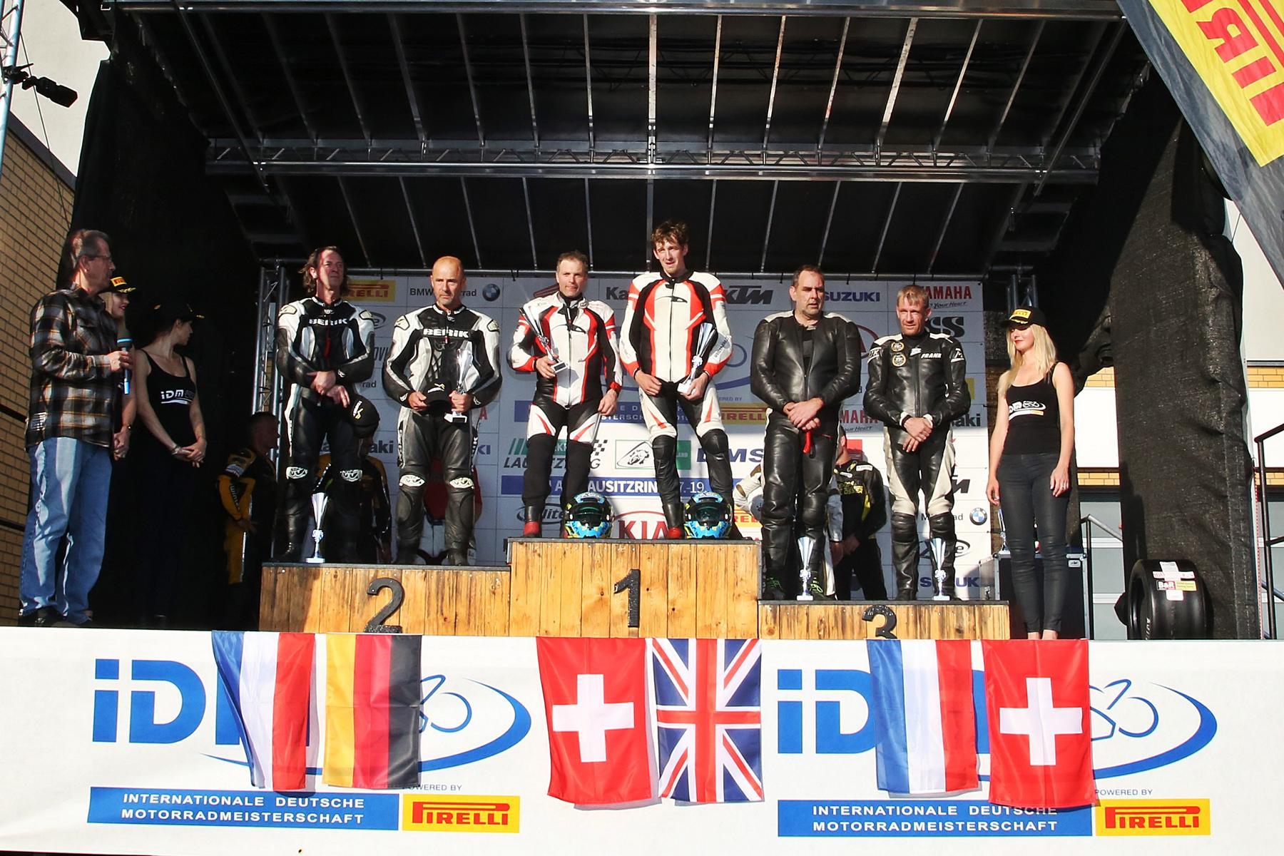 IDM Sidecar: Hirschis großer Tag als Sieger
