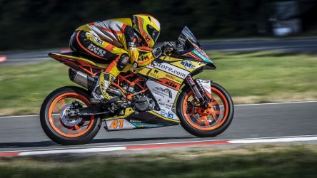 IDM Supersport 300: WM-Gaststarter bestimmen das Tempo im Training