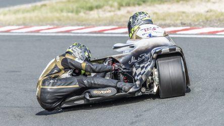 IDM Sidecar: Reeves und Hirschi im 1. Qualifying vorn