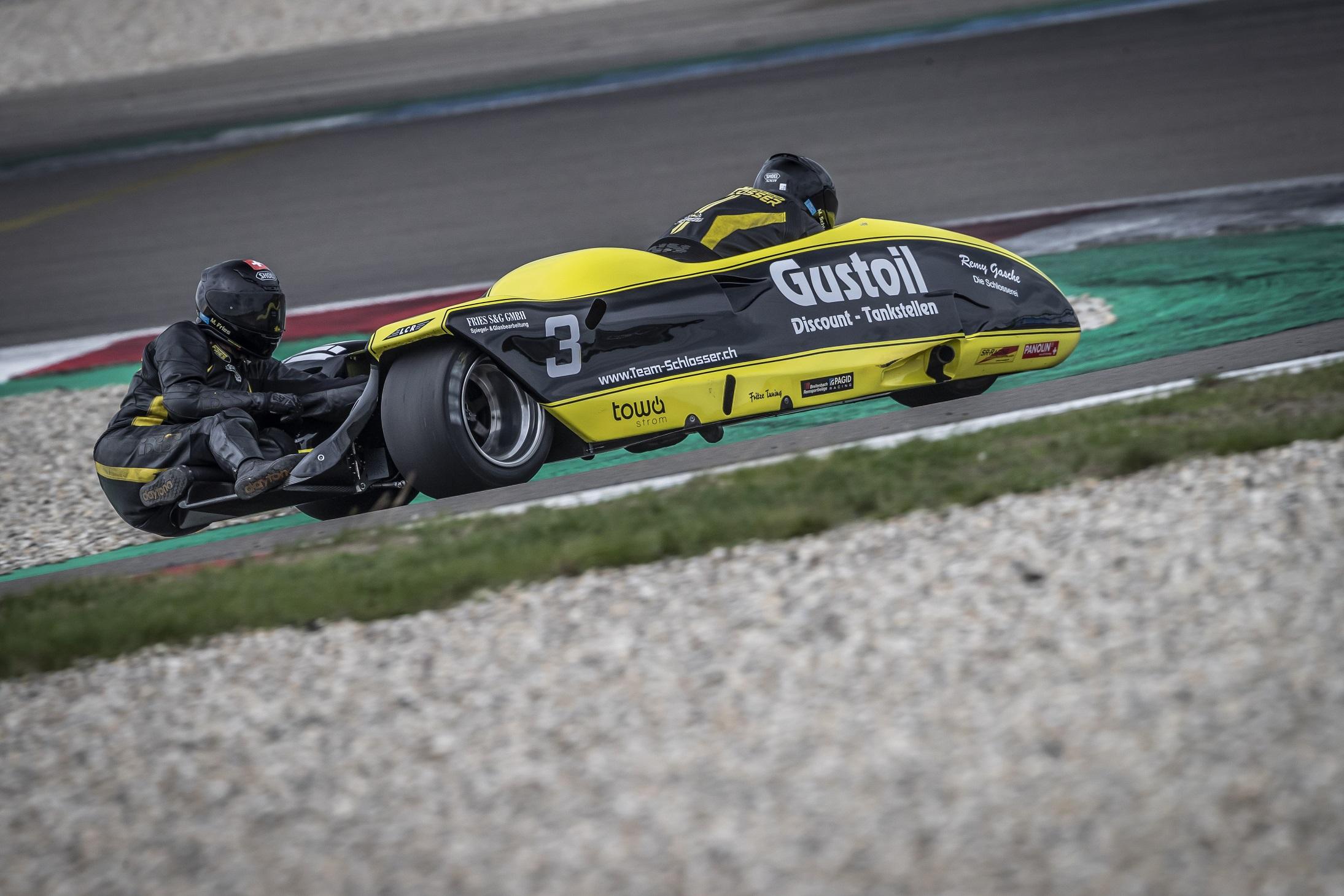 IDM Sidecar: Die 600 ccm-Gespanne geben im ersten Qualifying das Tempo vor