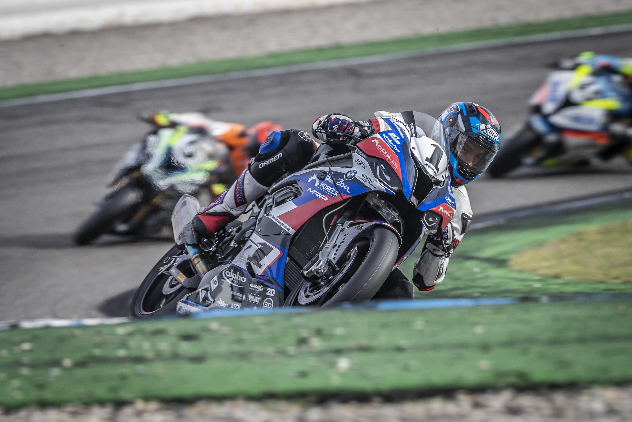IDM Superbike 1000: Mikhalchiks elfter Streich