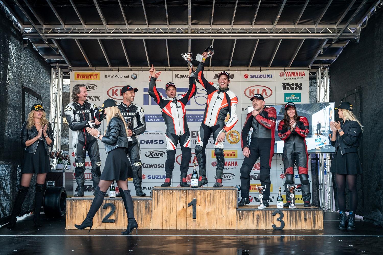 IDM Sidecar: Roscher und Hirschi jetzt punktgleich vor dem letzten Lauf