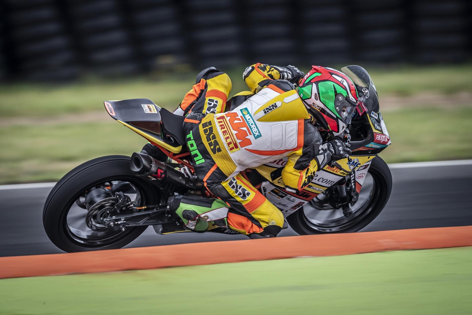 IDM Supersport 300: Greift Toni Erhard mit Kiefer Racing zum zweiten Titel?