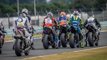IDM Superbike 1000: Jonas Folger auf der Pole und kaum Luft zum Atmen