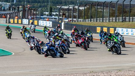 IDM Superbike 1000: Viertes Rennen, vierter Sieg für Folger, ein Krimi dahinter