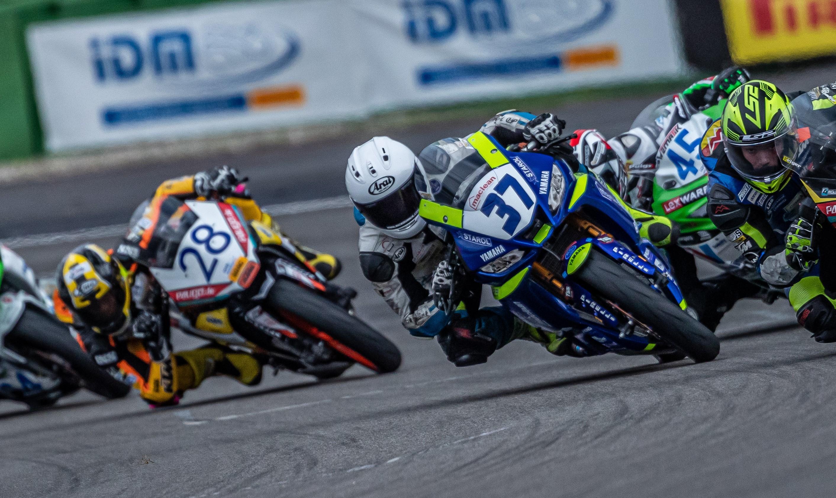 IDM Supersport 300 / Superstock 600: Meisterschaftsentscheidungen weiter offen