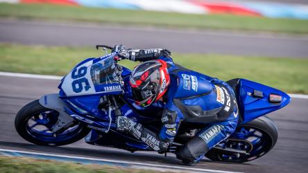 IDM: Yamaha R3 bLU cRU Cup DE | NL 2021 überwiegend bei der IDM am Start